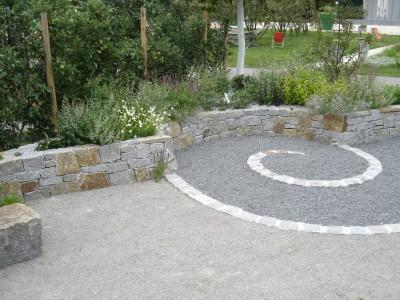 Natursteinmauern Stein im Garten
