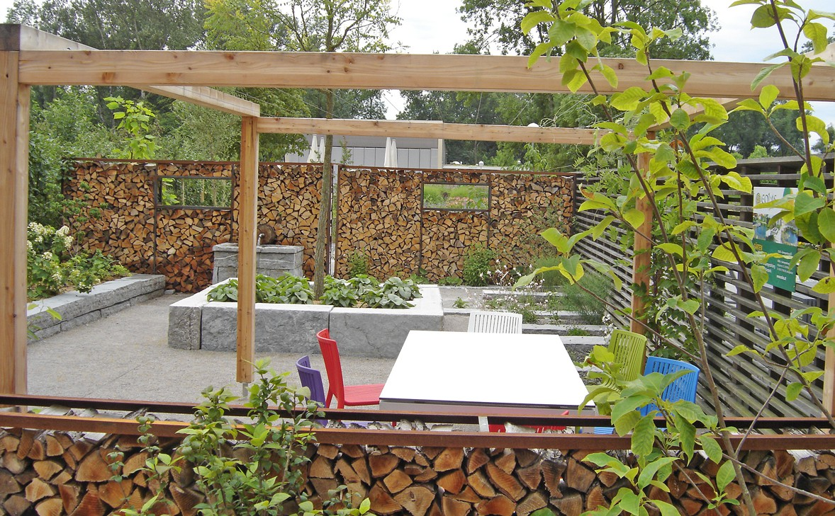 eolas garten holzterrasse und pergola f r ihren garten knock on wood. Black Bedroom Furniture Sets. Home Design Ideas