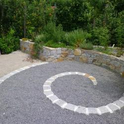 Steinmauer Garten