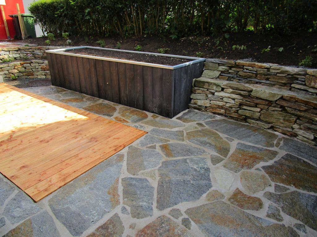 Eolas garten ihr partner f r gartengestaltung naturpool for Gartengestaltung naturstein