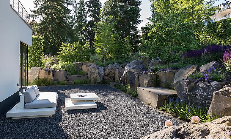Gartengestaltung Hanglage Modern - homeautodesign.com -