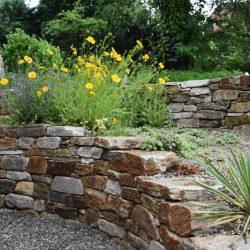 Steinmauer für Garten